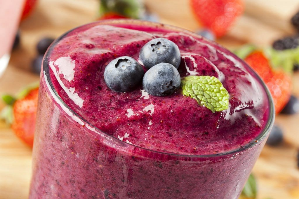 Blueberries are also known to contain the antioxidant pigment; resveratrol which helps people handle depression