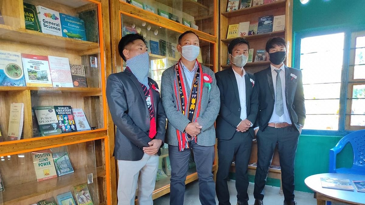 Manipur: Students who returned home amid pandemic set up public library in Senapati
