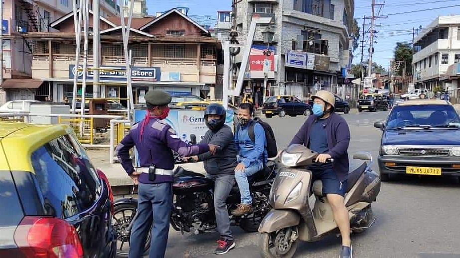 Helmets mandatory in Shillong: Cops collect Rs 54,000 on Day 1