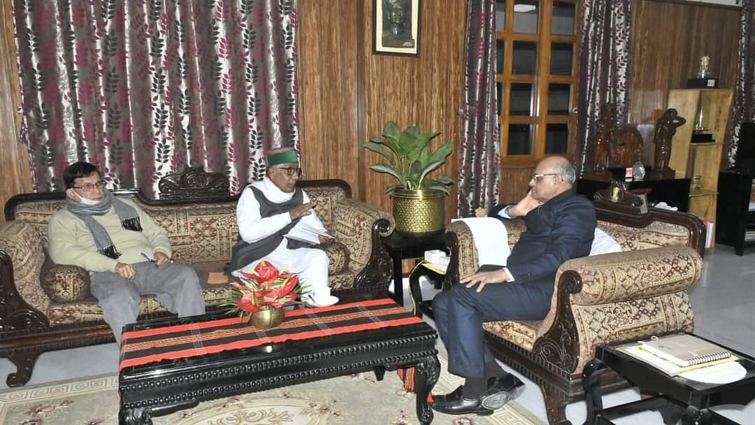 Tripura governor Ramesh Kumar Bais meeting with Leader of Opposition Manik Sarkar on Monday