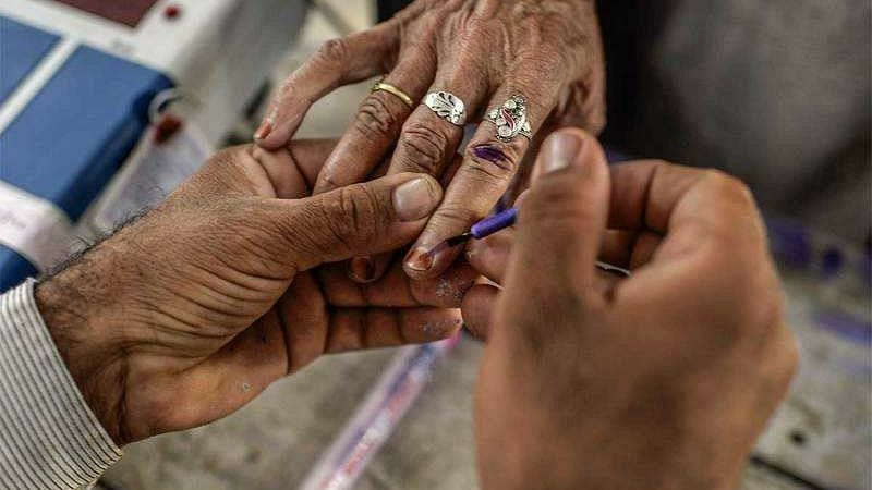 Election Commission team holds review meeting in Guwahati