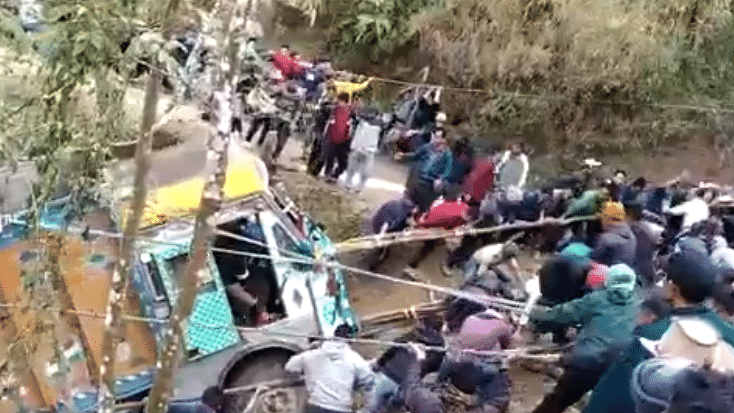 Watch: Locals in Nagaland village pull truck from gorge with rope