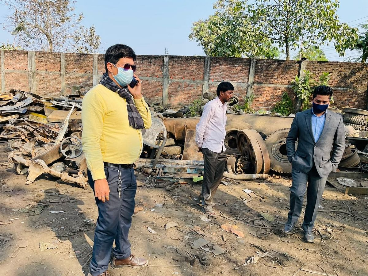 A crackdown by Tinsukia civic board has exposed how few scrap dealers are running their business without obtaining a trade licence