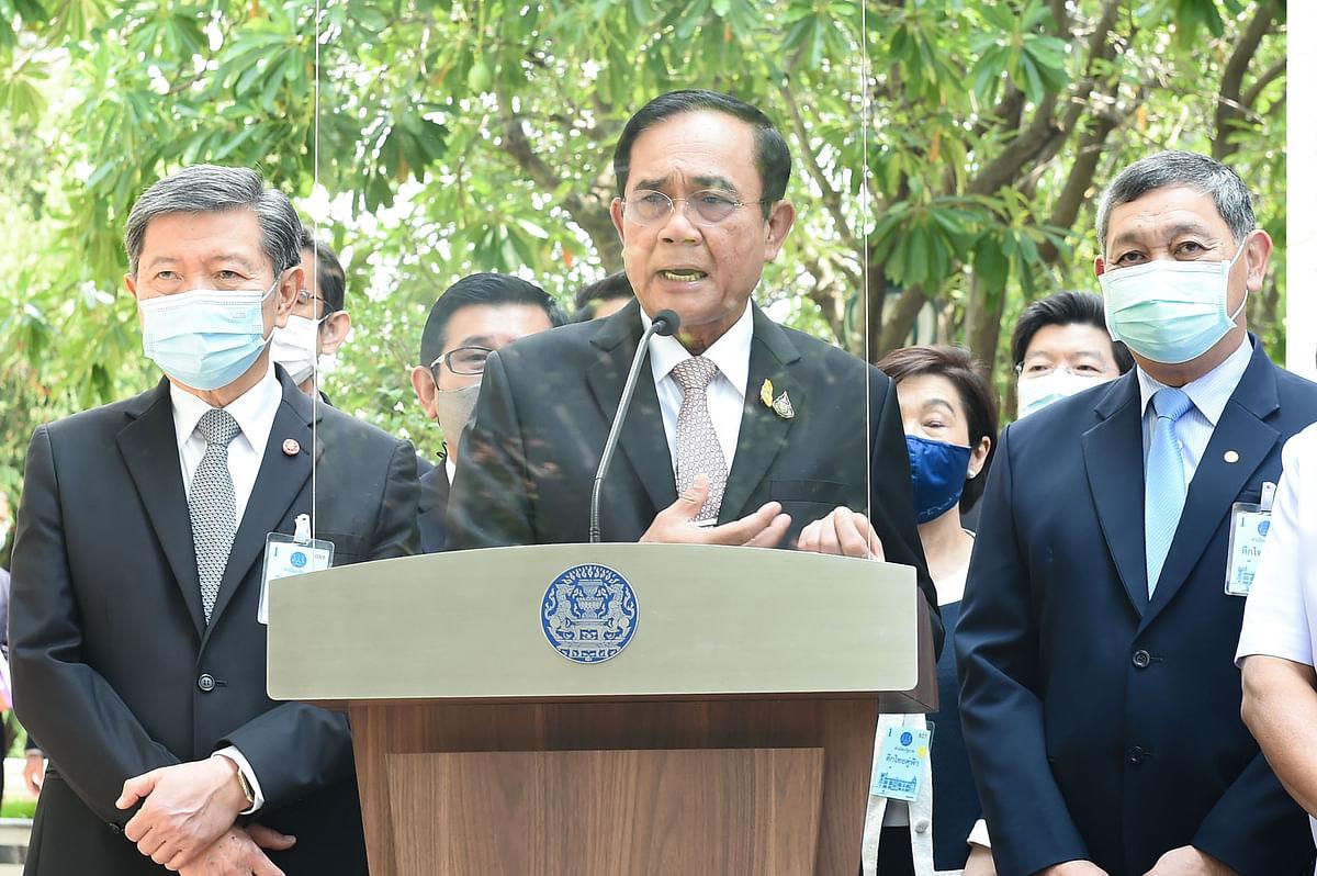 พล.อ.ประยุทธ์ จันทร์โอชา นายกรัฐมนตรีและ รัฐมนตรีว่าการกระทรวงกลาโหม