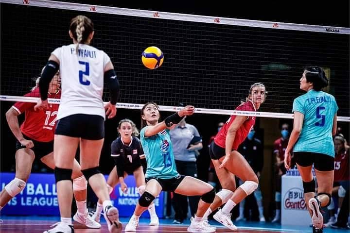 นักตบสาวไทยเปิดเซตคะแนนขึ้นนำได้อย่างสวยงาม ทั้งเกมรุกและเกมรับ