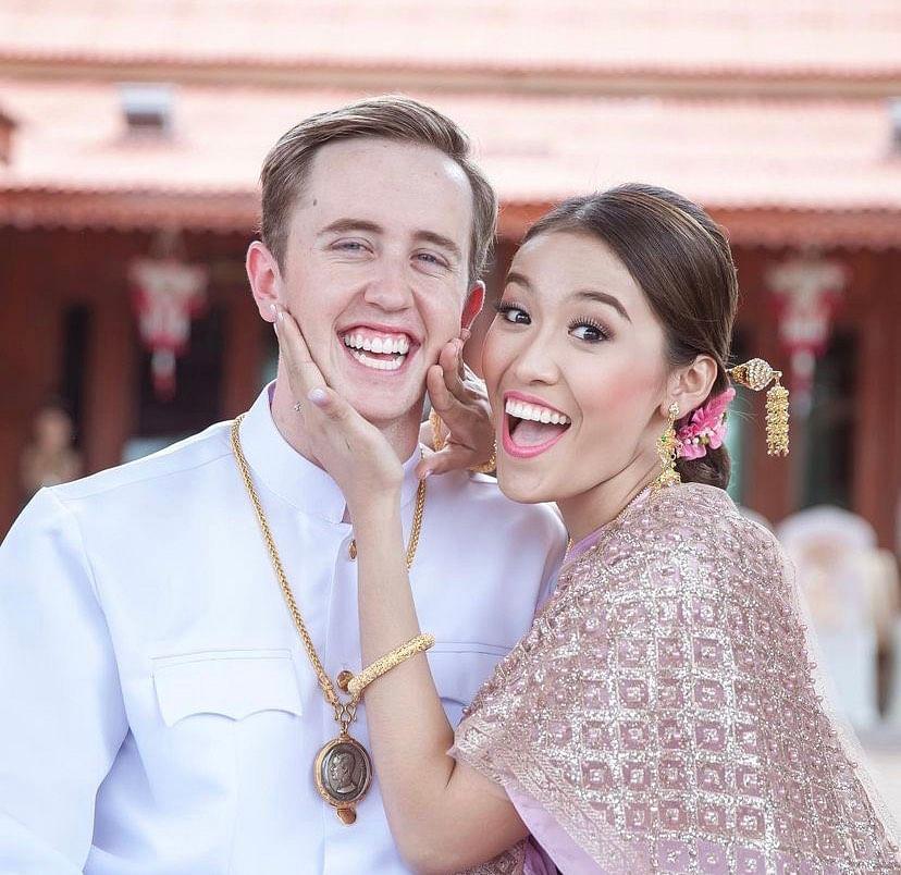 เนทแต่งงานกับ สาวไทย ลูกหมี วัลลภา ทองปาน