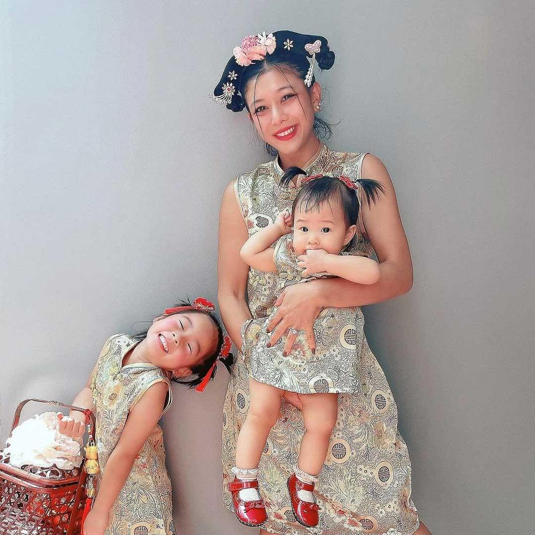กุ๊บกิ๊บ สุมณทิพย์ และน้องเป่าเปา ลูกสาว