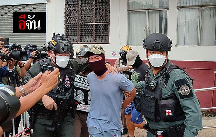 คุมตัวแก๊งให้ตำรวจนอกรีต ฝากขังศาลจังหวัดนครสวรรค์