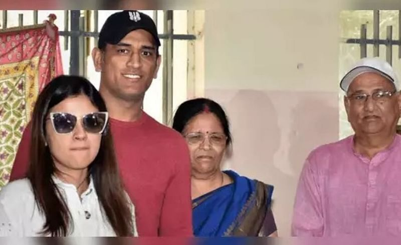 MS Dhoni Family