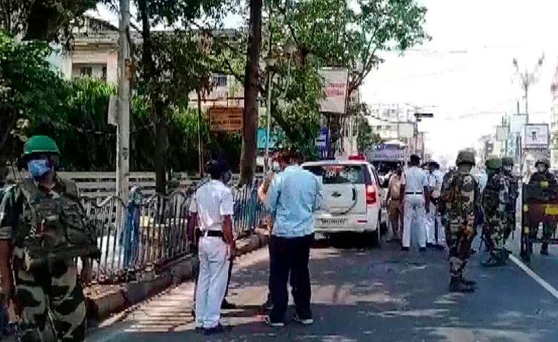 West Bengal Election - कोलकात्यात बॉम्बहल्ला; जिवितहानी नाही