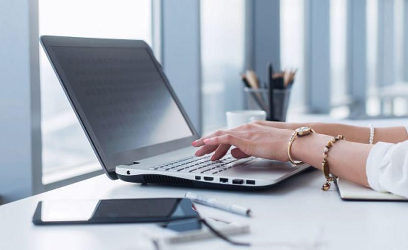 संधी नोकरीच्या... : ब्लॉगिंगमधील करिअर