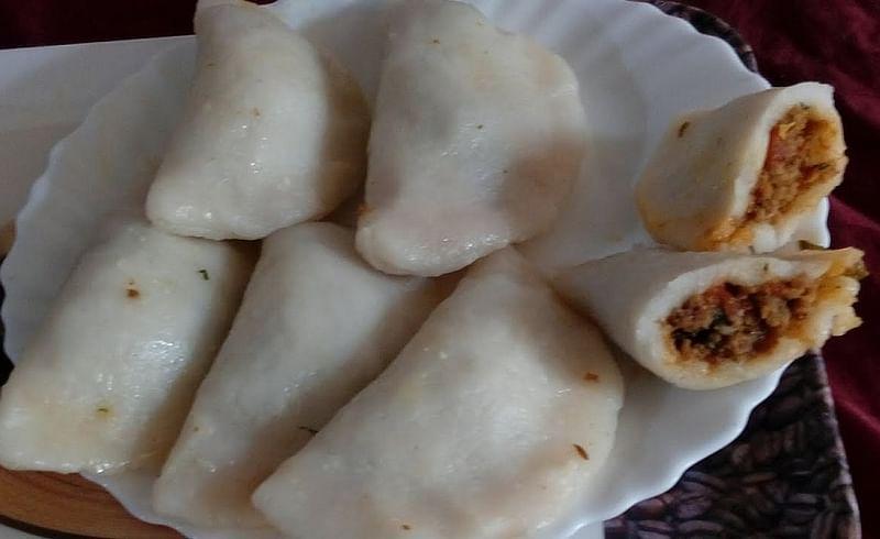 मटन खाणाऱ्यांसाठी युनिक खिमा गुजिया रेसिपी