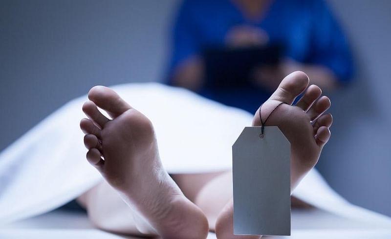 हृदयद्रावक! जीवनयात्रा एकत्रच संपली, पत्नीवर अंत्यसंस्कार सुरु असताना पतीचा मृत्यू