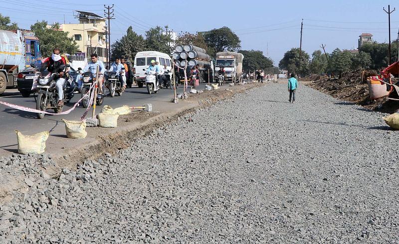 jalgaon city higway work