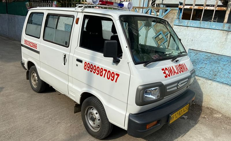 Nari Shakti ambulance helping to patients in the Corona period