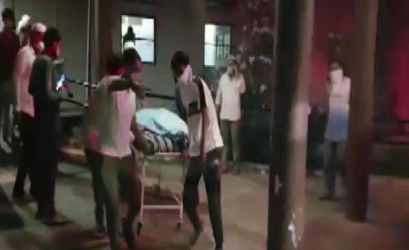 गुजरातमध्ये कोविड रुग्णालयाला भीषण आग; 16 जणांचा मृत्यू