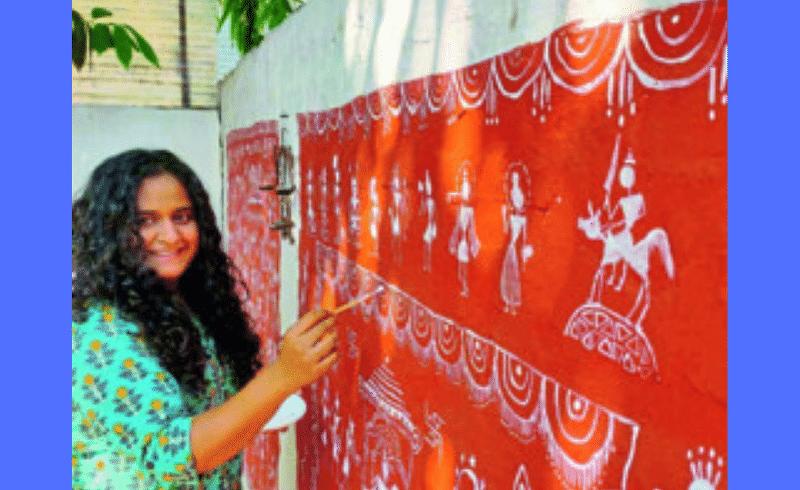 वारली चित्रकलेतून साकारले भिंतींवर रामायण; अमरावतीच्या तरुणीचा अनोखा उपक्रम