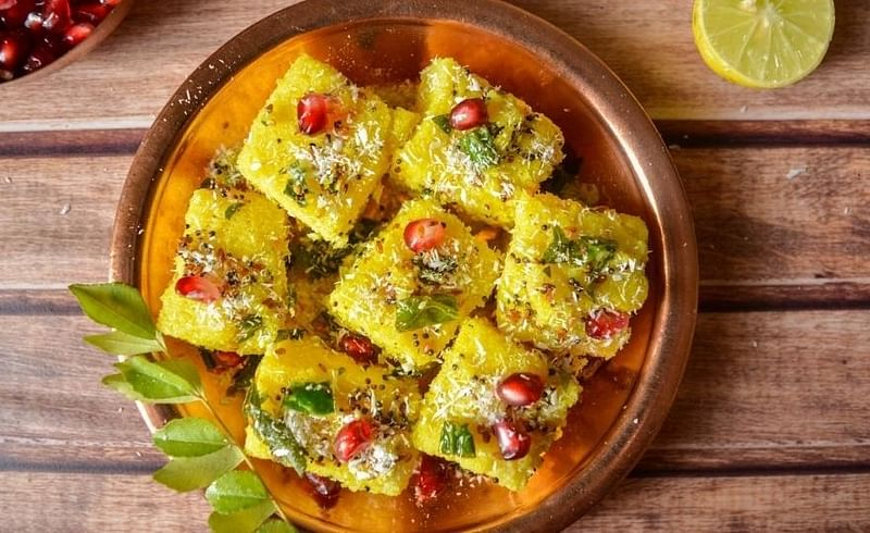 easy recipe of dhokla idli together snack in kolhapur