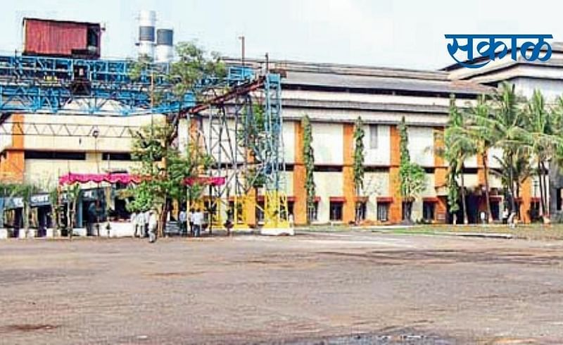Gadhinglaj Factory Transfer Issue Pending Kolhapur Marathi News