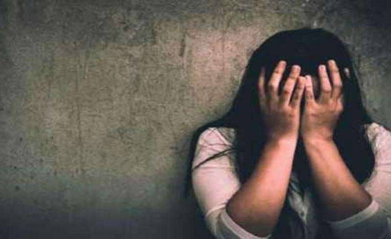minor girl abused by three men in Malegaon Nashik Crime News