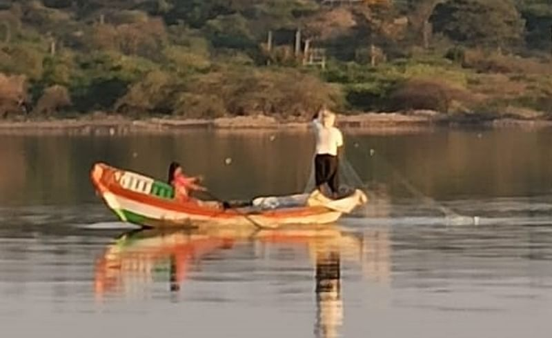 Story of a Fishermans Woman in Karmala taluka