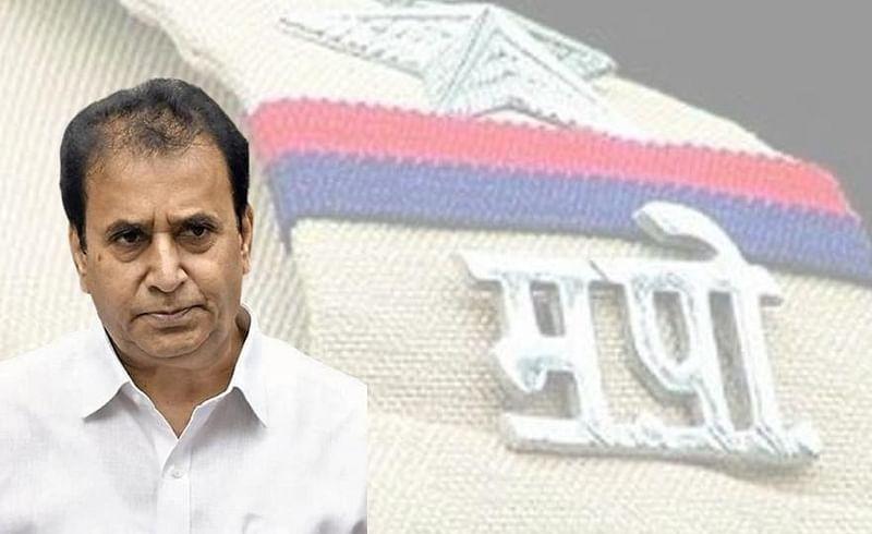 Home Minister Anil Deshmukh has taken notice of the work of Wasmatphata Highway Police.jpg
