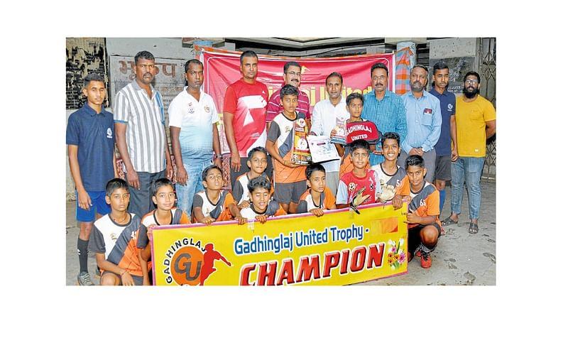 Solapur Modern Academy Wins Championship In Football Tournament Kolhapur Marathi News