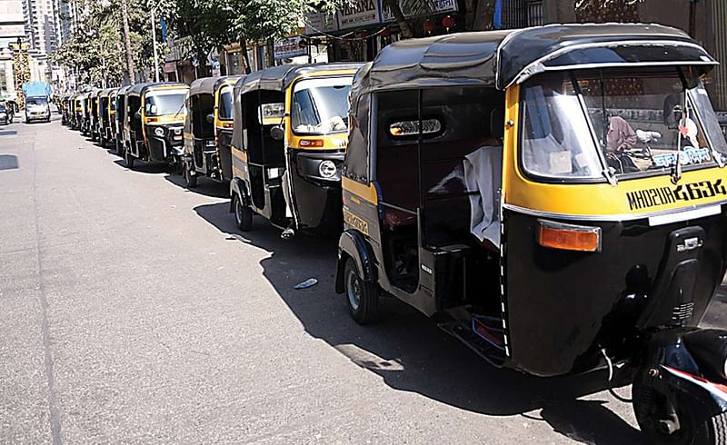 Rickshaw and taxi drivers business stalled due to lockdown