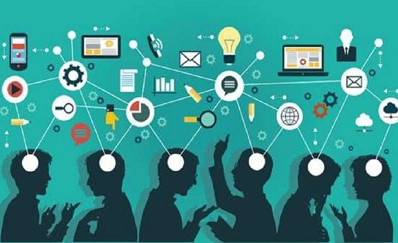 samrat phadnis writes blog about communication and technology