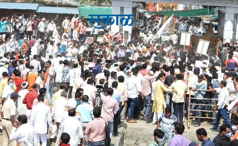 A large crowd of citizens attended Sanjay Rathores program
