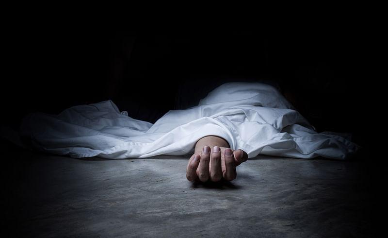 लॉजमध्ये गळफास घेऊन तरुणाची आत्महत्या; बेळगावातील घटना