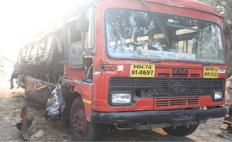 मुंबई- पुणे एक्स्प्रेस वेवर ST बसचा भीषण अपघात, १५ जण गंभीर जखमी