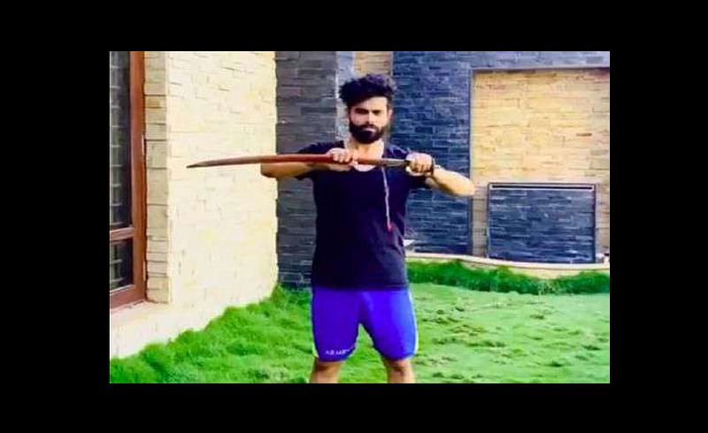 ravindra jadeja swordsmanship in lockdown video viral