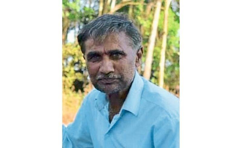 Fox Attack On A Farmer In Mhalewadi Kolhapur Marathi News