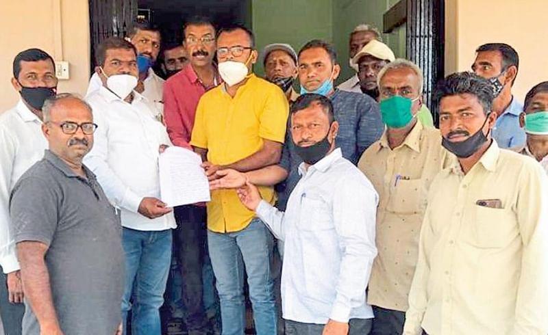 Farmers Angry Against Irrigation Department In Gadhinglaj Kolhapur Marathi News