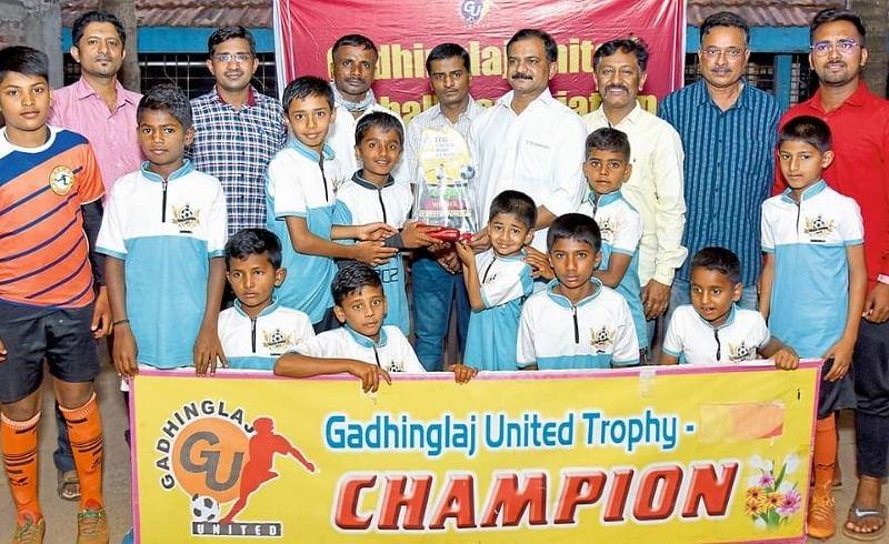 Shivraj School Wins In Football Kolhapur Marathi News