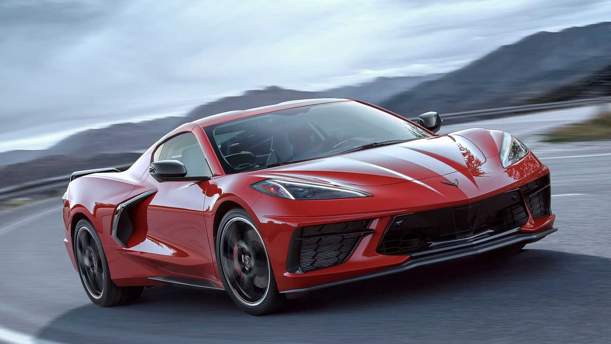 Mid-engined 2020 Chevrolet C8 Corvette unveiled