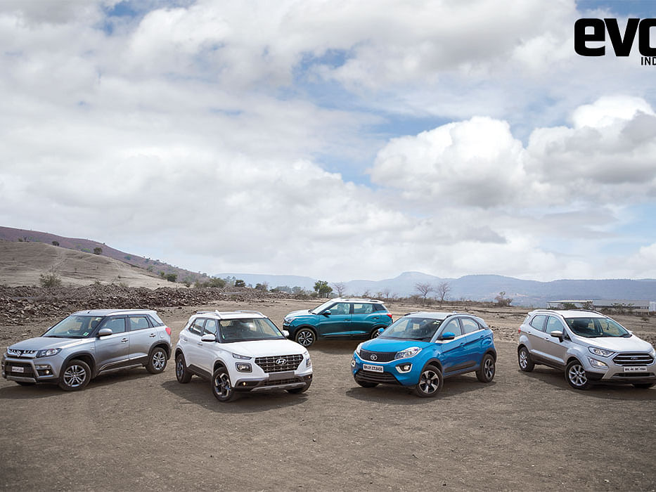 Hyundai Venue vs Vitara Brezza vs Nexon vs EcoSport vs XUV300