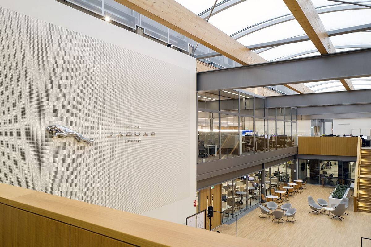 Jaguar opens up new design studio