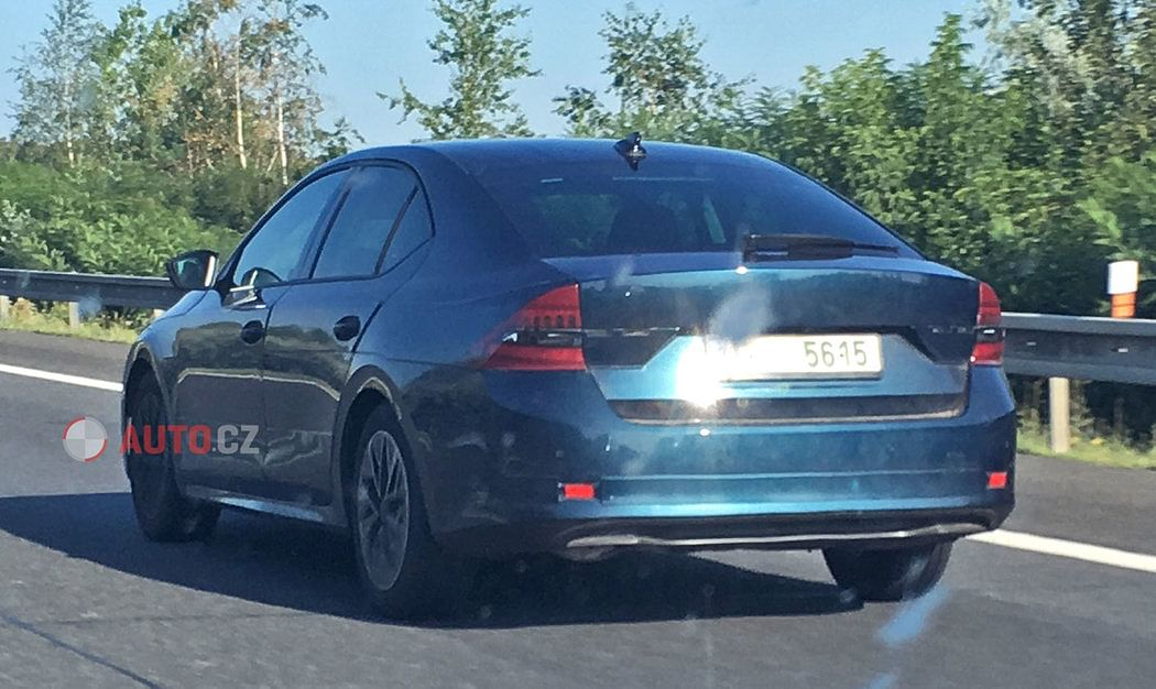 Fourth-generation Skoda Octavia to be unveiled on November 11