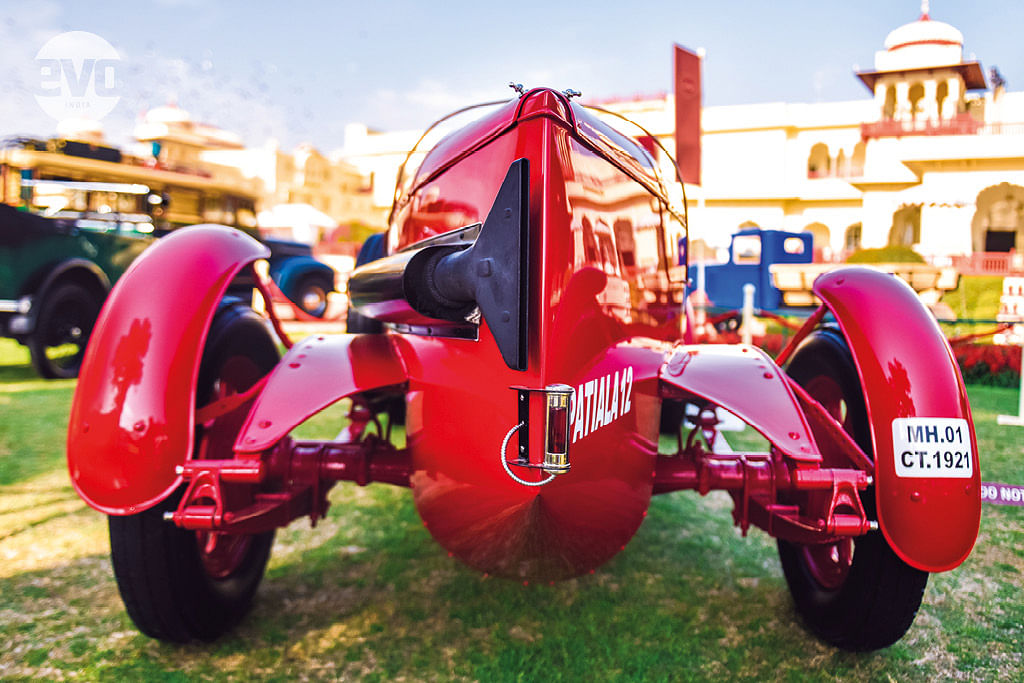Cartier Concours d'Elegance: Classics on the royal lawns!