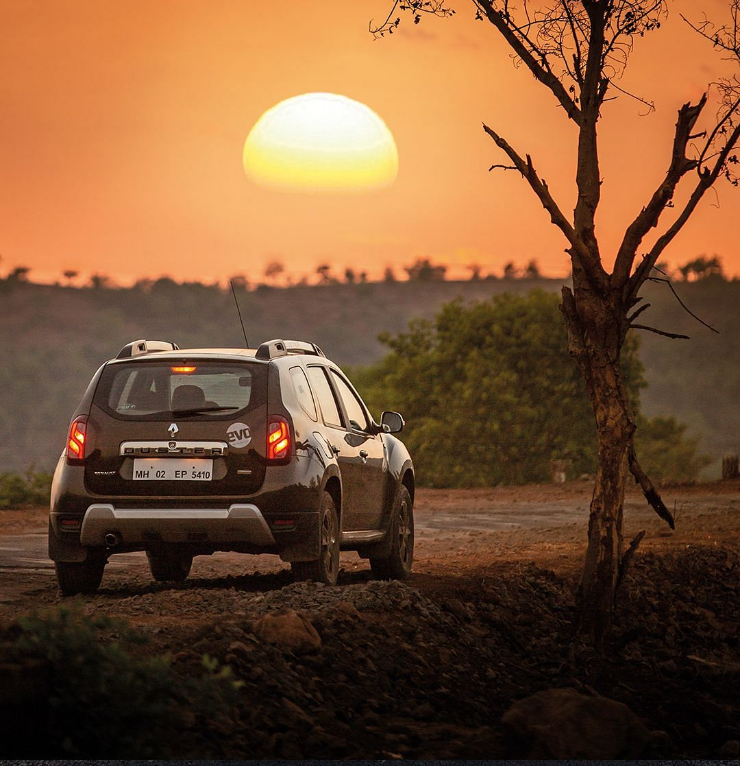 Renault Duster #WallpaperWednesday