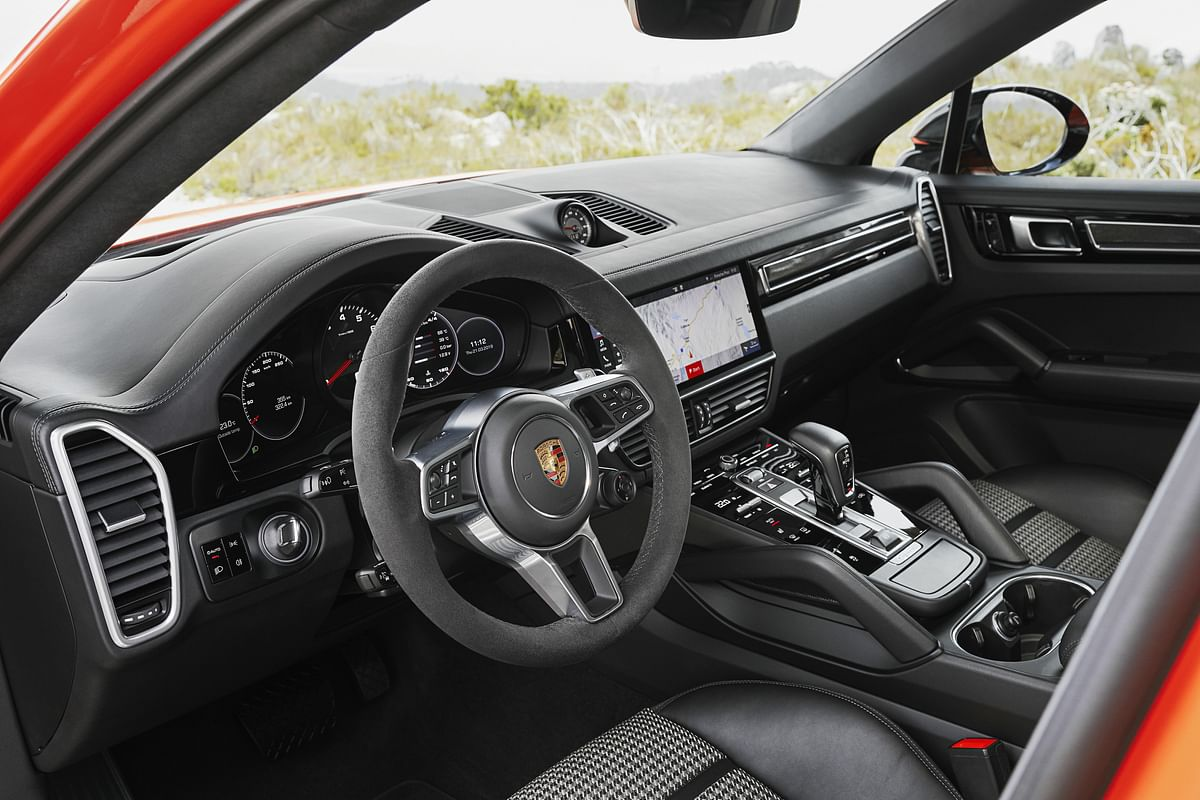 Carbonfibre and Alcantara on the inside