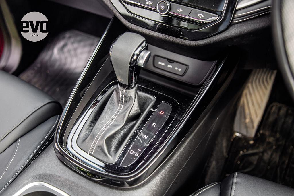 MG Hector dual-clutch-transmission