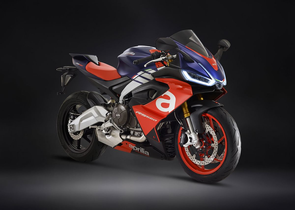 Aprilia seems to be working on a 300-400cc RS and Tuono