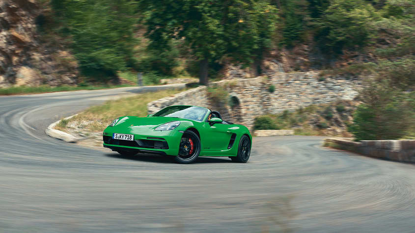 Porsche ditches four-cylinder for flat-six in Cayman and Boxster GTS