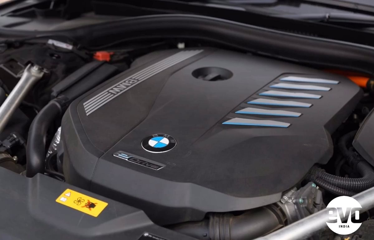 In-line six-cylinder petrol engine that puts out 238bhp and 450Nm on its own
