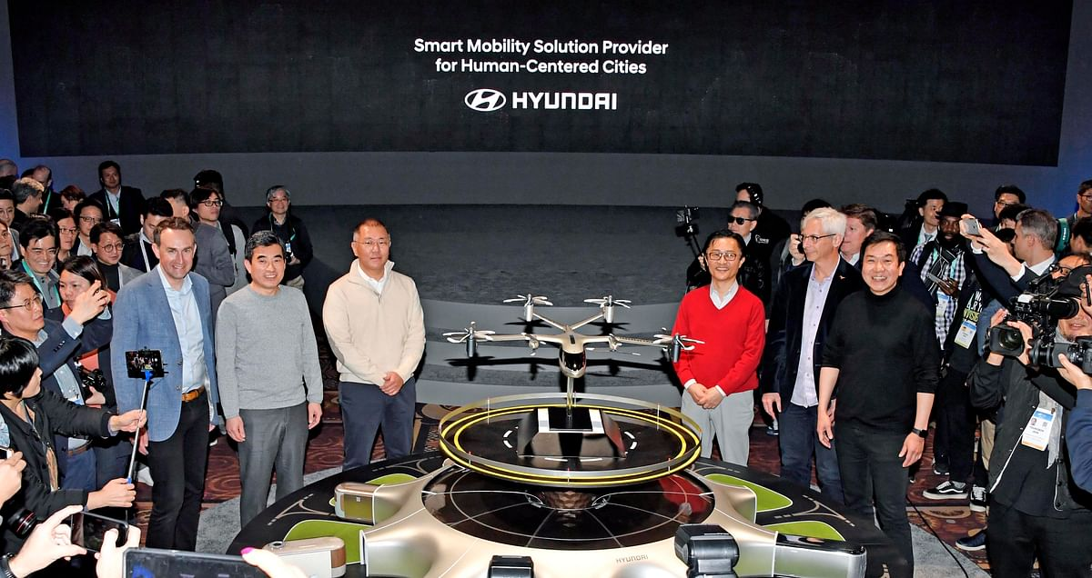Hyundai and Uber unveil a flying taxi at CES 2020