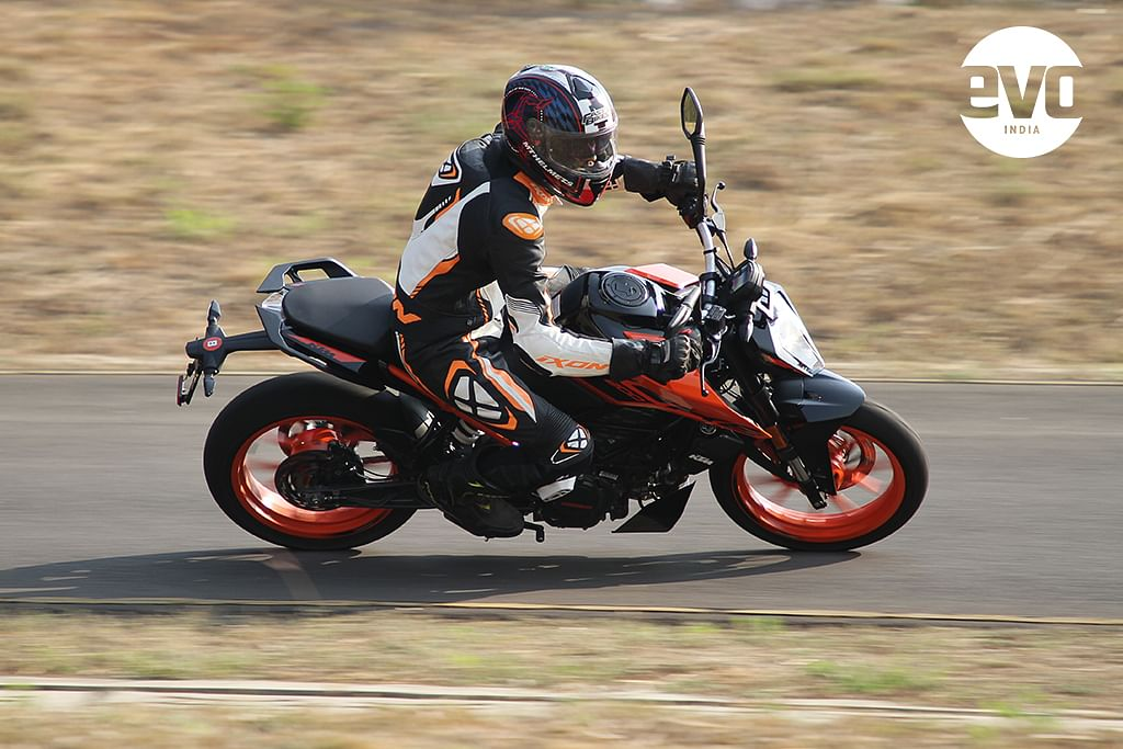 The 2020 KTM 200 Duke continues to be powered by the same engine