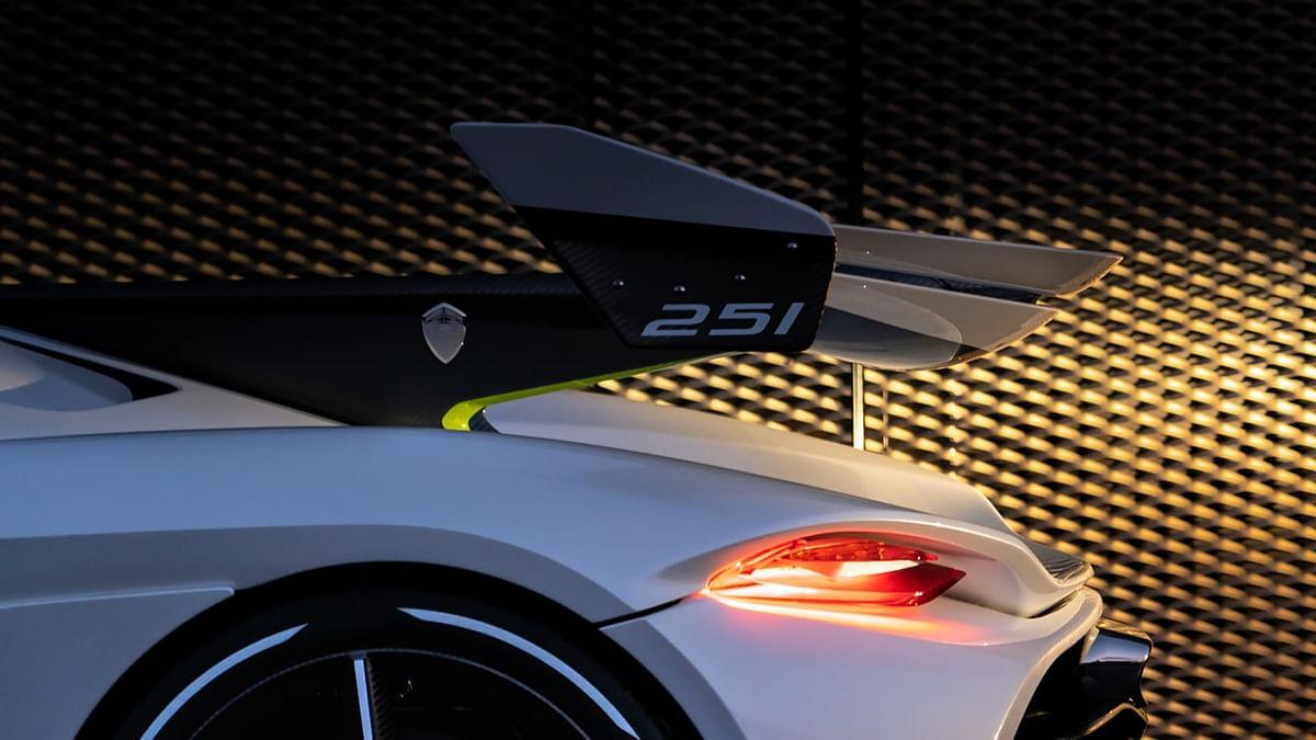 An extended rear end, rear wheel aero covers.